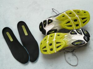 How to Clean Basketball Shoes: Laces & Insole