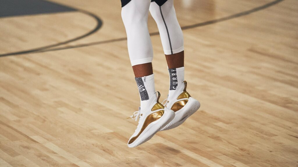 Curry 8 Performance Review: Play 3