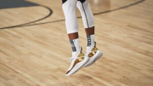 Curry 8 Performance Review: Play 2