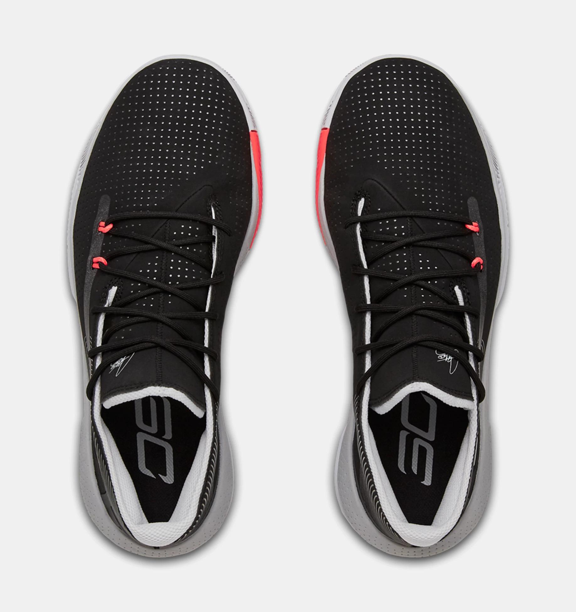 Lightest Basketball Shoes: SC 3ZERO III 2