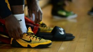How To Prevent Heel Slippage in Basketball Shoes: Push Heel Back